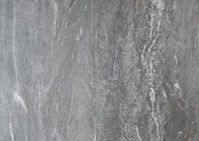 Großfliese grau